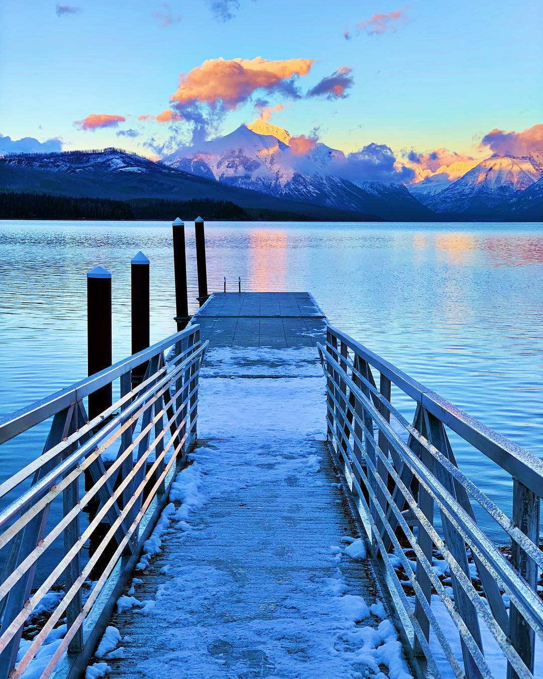 You know you want to live here, right?!? @glaciernps whitefish custom home builder