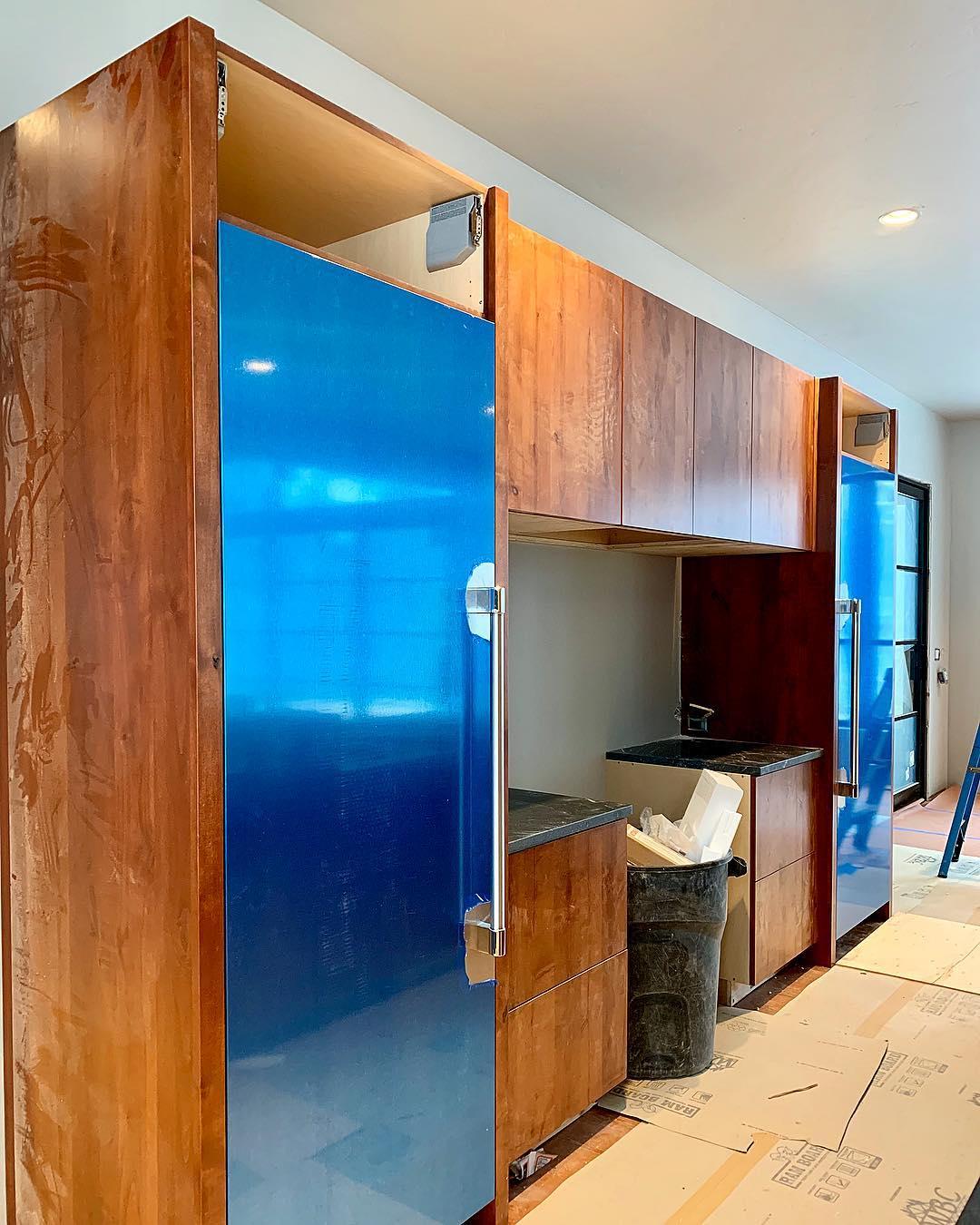 Sort of liking the look of the big blue fridge!! whitefish custom home builder