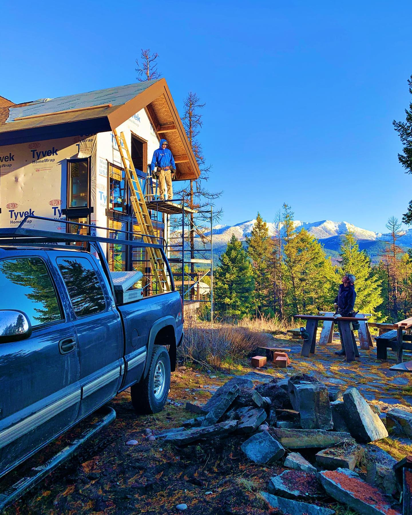 This is an advertisement for why you should be building in Montana  what a perfect day! whitefish custom home builder