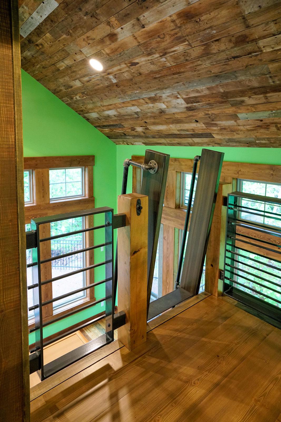 Custom miny home cabin near Glacier Park